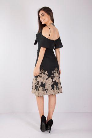 vestido-preto-bordado-bana-bana-3