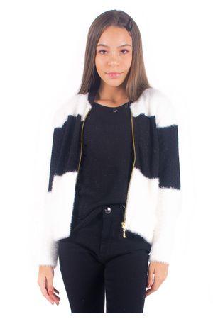 jaqueta-de-trico-bana-bana-star-preto-e-branco-2