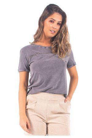 t-shirt-bana-bana-com-aplicacao--1-