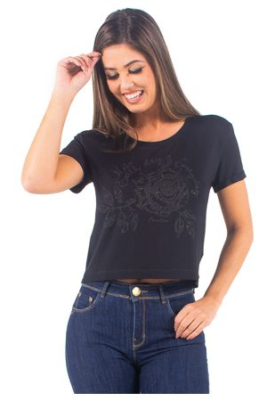 t-shirt-bana-bana-aplicacao-rosa--4-
