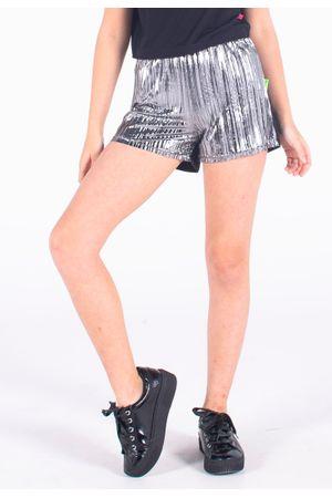 110667-0003-shorts-bana-bana-star-metalizado-preto-e-prata--1-