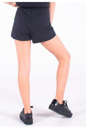 110667-0003-shorts-bana-bana-star-metalizado-preto-e-prata--2-