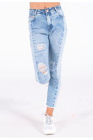calca-jeans-bana-bana-com-recortes--2-