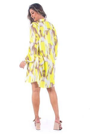 saida-de-praia-bana-bana-camisa-com-amarelo-neon
