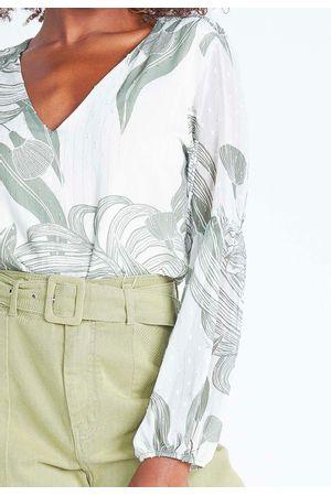 camisa-com-transparencia-manga-bufante-304864-7435-off-white-e-verde--3-