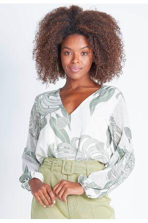 camisa-com-transparencia-manga-bufante-304864-7435-off-white-e-verde--2-