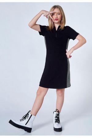vestido-com-recorte-holografico-com-gola-110859-0003-preto--8-